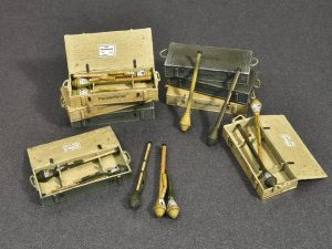 MiniArt-35253-Panzerfaust-30-und-60-3-300x225 MiniArt 35253 Panzerfaust 30 und 60 (3)