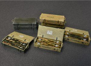 MiniArt-35253-Panzerfaust-30-und-60-4-300x216 MiniArt 35253 Panzerfaust 30 und 60 (4)