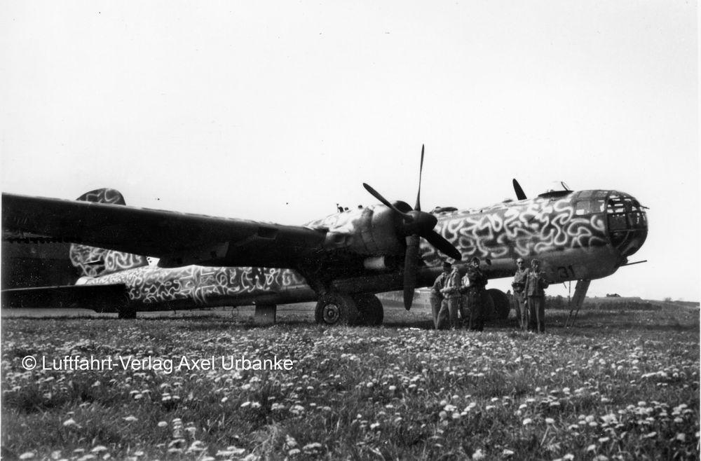 Revell-03913-Heinkel-He177-A-5-Greif-c-Luftfahrtverlag-Axel-Urbanke Revell Neuheiten 2018