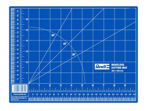 Revell-39056-Cutting-mat-small-300x225 Revell 39056 Cutting mat, small