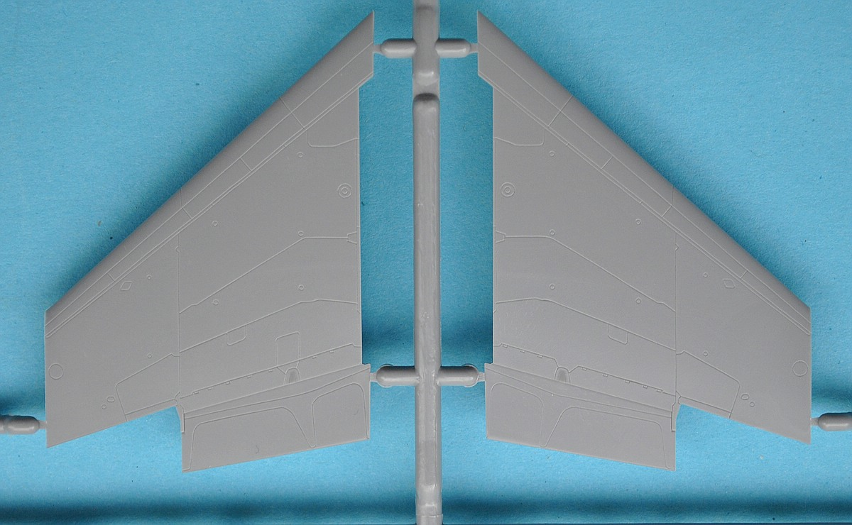 Zvezda-7309-MiG-29-SMT-34 MiG-29 SMT im Maßstab 1:72 von Zvezda 7309
