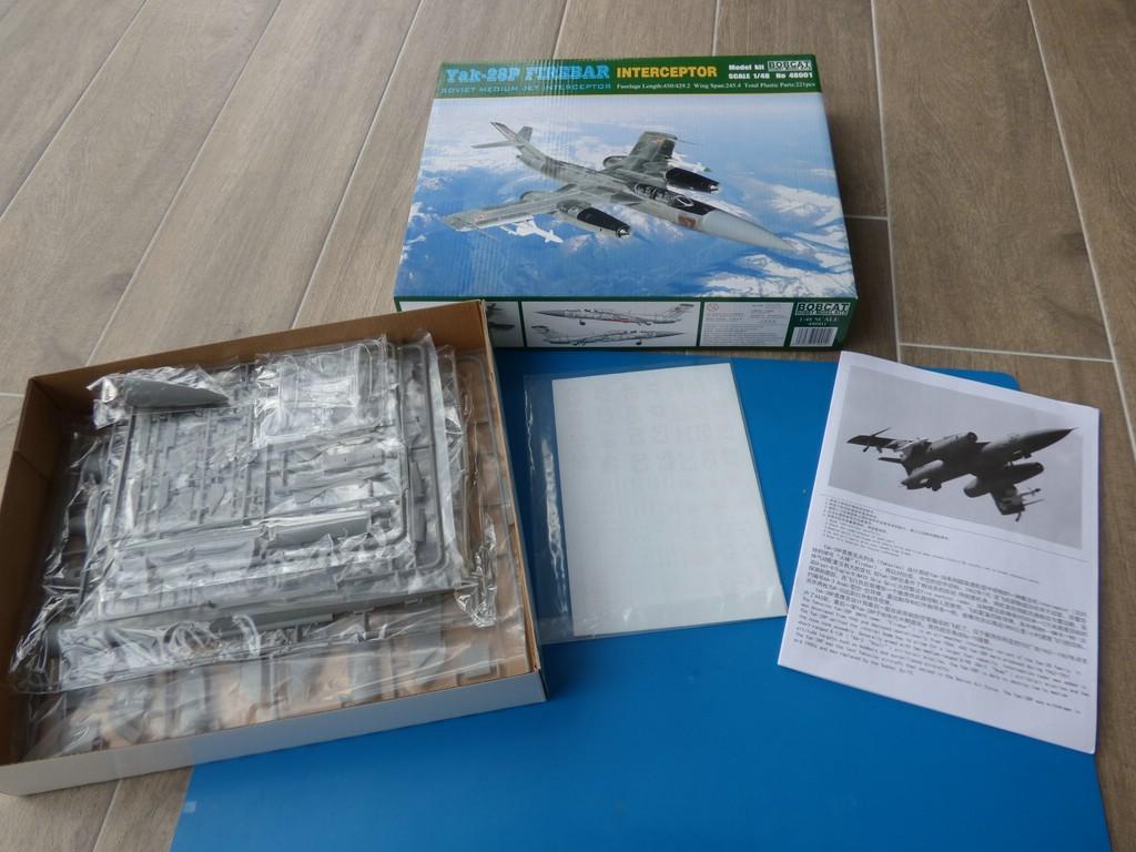 Bobcat-48001-Yak-28P-14 Drei Rohre im Formationsflug - Yak-28P Firebar in 1:48 Bobcat 48001