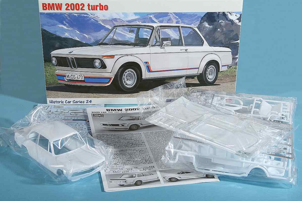 Hasegawa-HC24-BMW-2002-Turbo-28 BMW 2002 Turbo im Maßstab 1:24 von Hasegawa HC 24