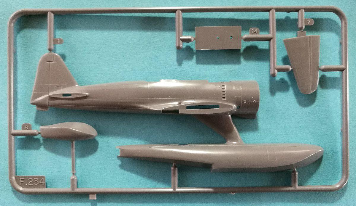 """Revell-H-98-Nakajima-A6M-2N-Rufe-2 Kit-Archäologie - Nakajima A6M2-N """"Rufe"""" in 1:72 von Revell H-98"""