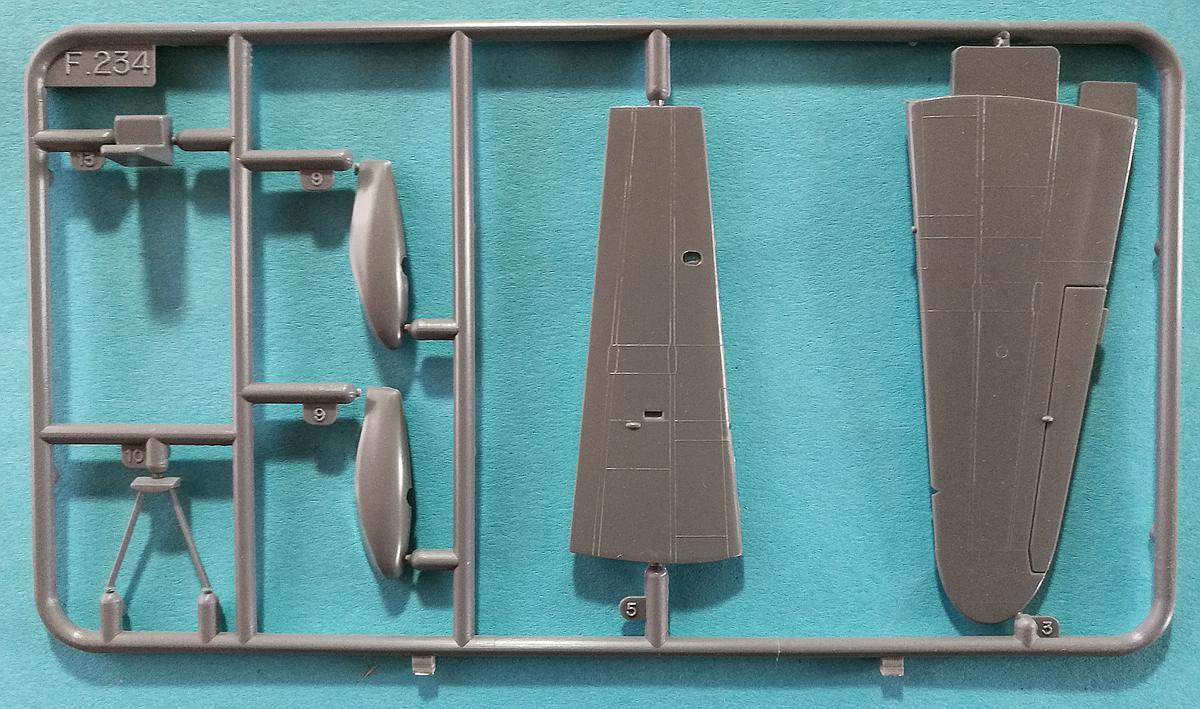 """Revell-H-98-Nakajima-A6M-2N-Rufe-5 Kit-Archäologie - Nakajima A6M2-N """"Rufe"""" in 1:72 von Revell H-98"""