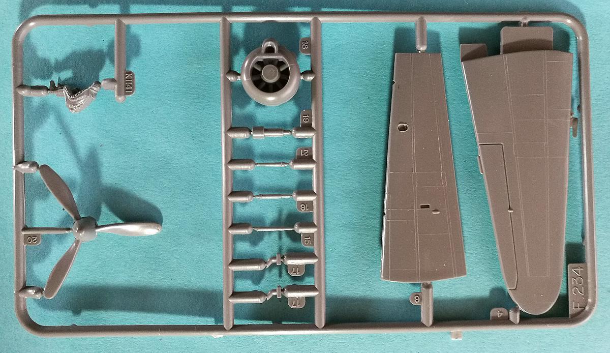 """Revell-H-98-Nakajima-A6M-2N-Rufe-8 Kit-Archäologie - Nakajima A6M2-N """"Rufe"""" in 1:72 von Revell H-98"""