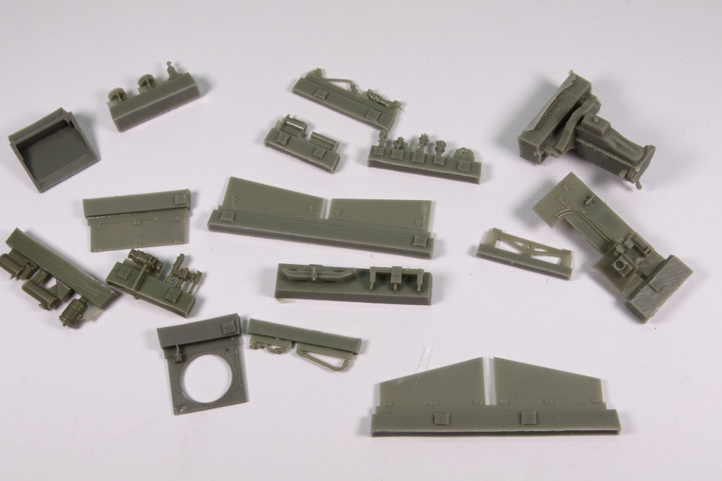 plusmodel_M3_Engine_04 M3 Scout Car Engine Set - plusmodel 1/35