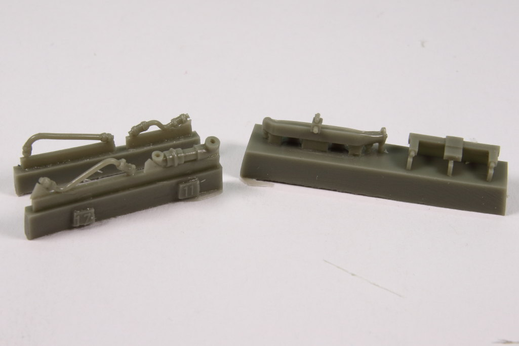 plusmodel_M3_Engine_13 M3 Scout Car Engine Set - plusmodel 1/35
