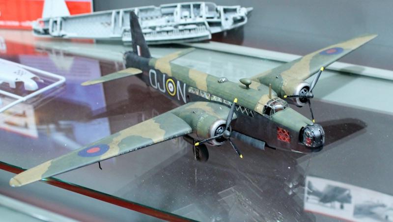 tiny_IMG_2704 Airfix Vickers Wellington Mk.IA/C in 1:72