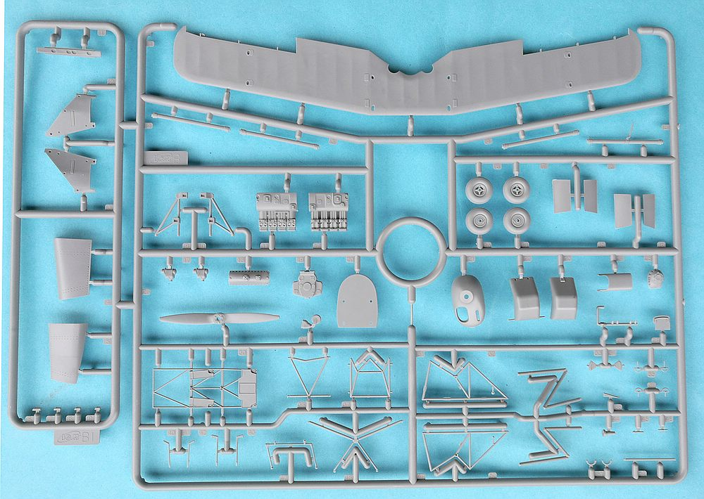 ICM-32030-Bücker-Bü-131D-19 Bücker Bü 131D in 1:32 von Revell 03886