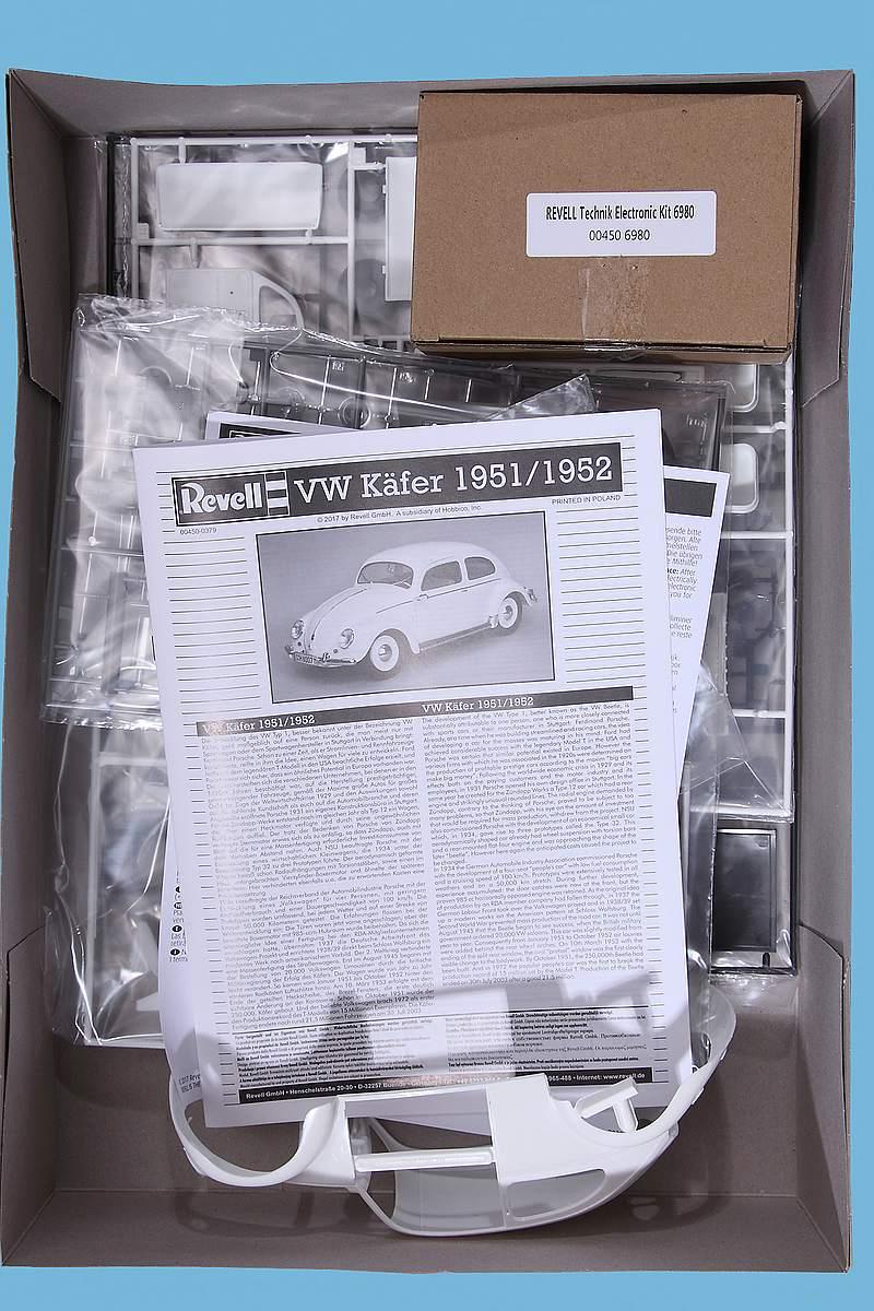 """Revell-00450-VW-Käfer-1951-52-Technik-11 VW Käfer Bj. 1951/52 im Maßstab 1:16 """"Technik"""" Revell 00450"""