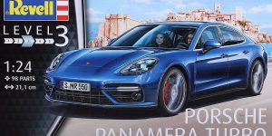 Porsche Panamera Turbo in 1:24 Revell 07034