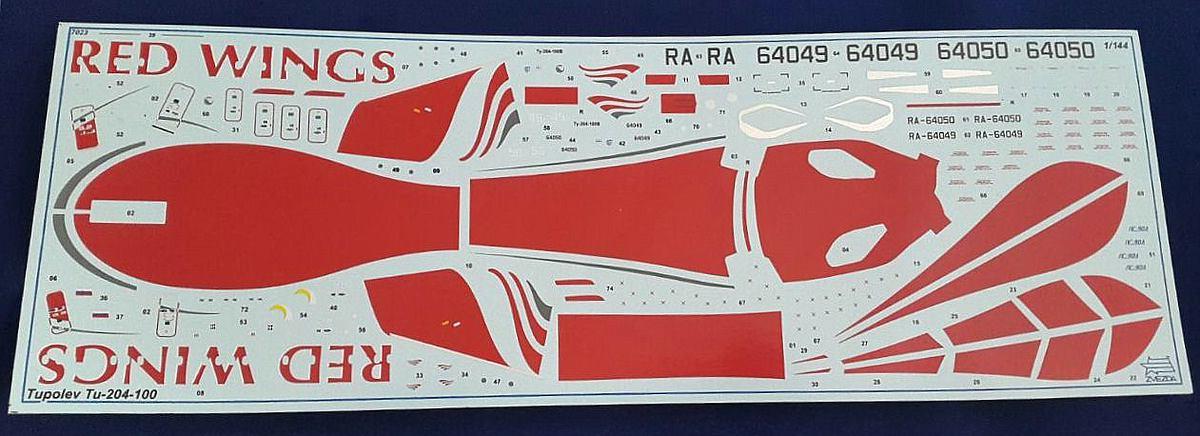 Zvezda-7023-Tupolev-Tu-204-100-16 Tupolev Tu 204-100 im Maßstab 1:144 von Zvezda 7023