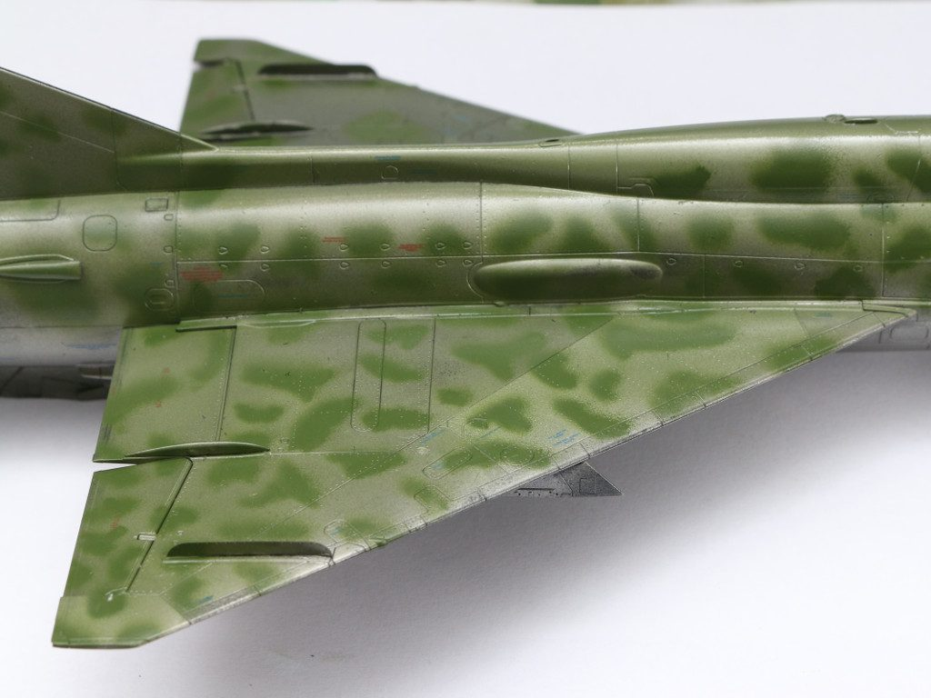 "19-1024x768 Build Review MiG-21PFM Eduard ""Sound of Silence"" 1:48 (#11101)"