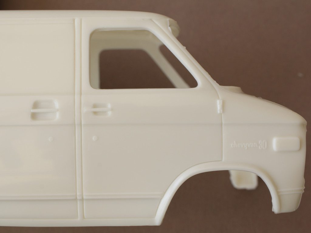 Body2-1024x768 Chevy Rescue Van 1:25 AMT (#812)