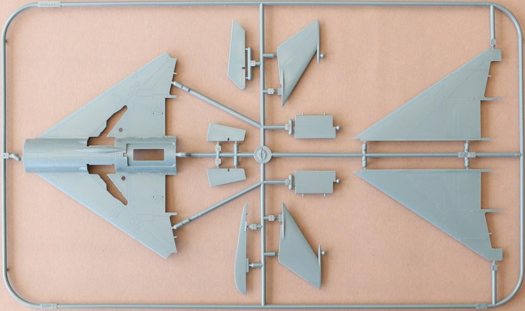 """L MiG-21PFM """"Vietnam"""" 1:48 Eduard (#11115)"""