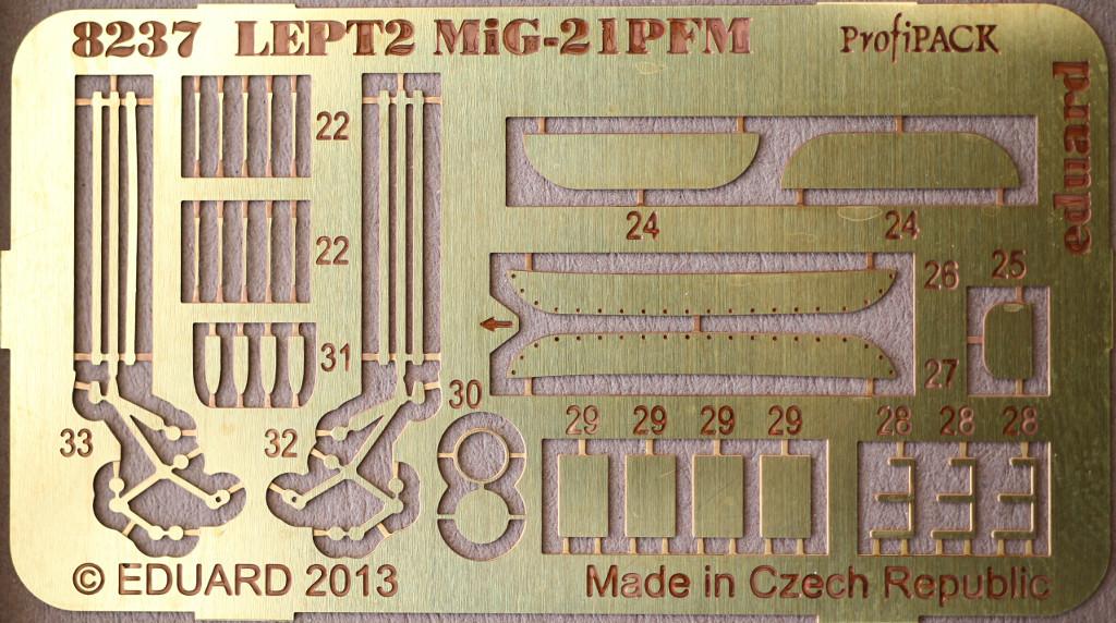"""PE-B MiG-21PFM """"Vietnam"""" 1:48 Eduard (#11115)"""