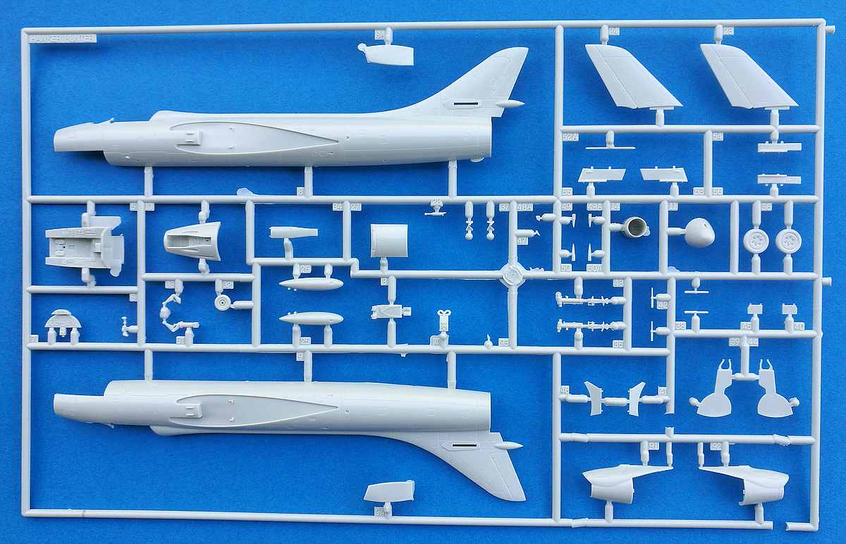 Revell-03908-Hawker-Hunter-FGA-4 Hawker Hunter FGA.9 British Legends im Maßstab 1:72 von Revell 03908