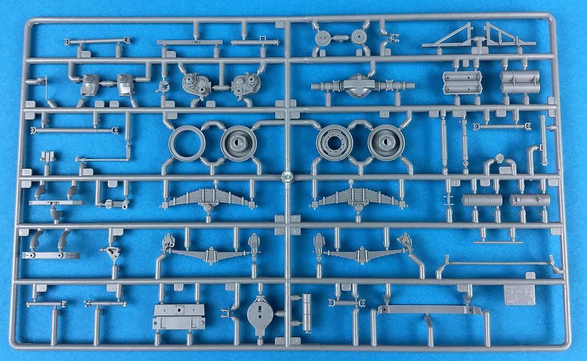 Zvezda-3654-Ural-4320-Spritzling-G-1 Russischer LKW Ural 4320 im Maßstab 1:35 von Zvezda 3654