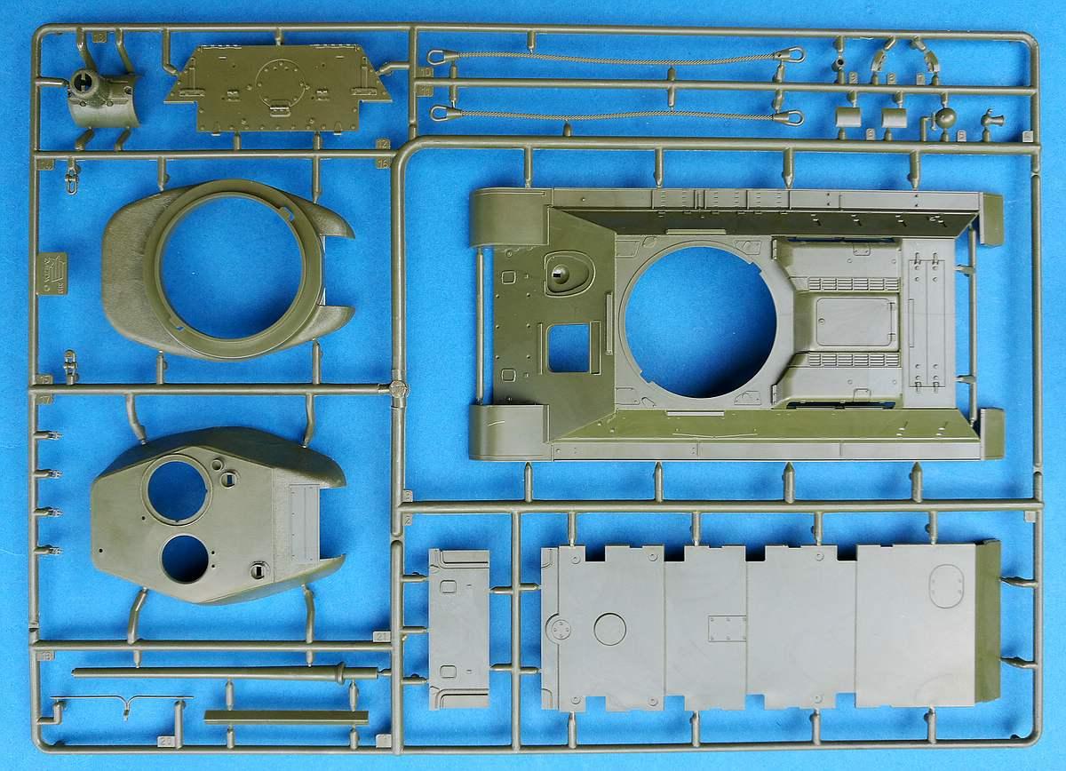 Zvezda-3687-T-34-85-Mod.-1944-60 T-34/85 Modell 1944 in 1:35 von Zvezda # 3687