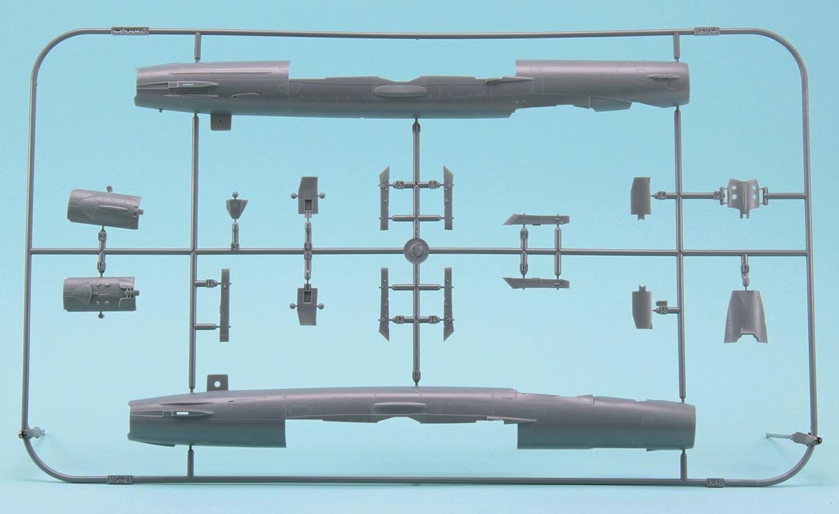 Revell-03915-MiG-21-SMT-44 MiG-21 SMT im Maßstab 1:48 von Revell 03915