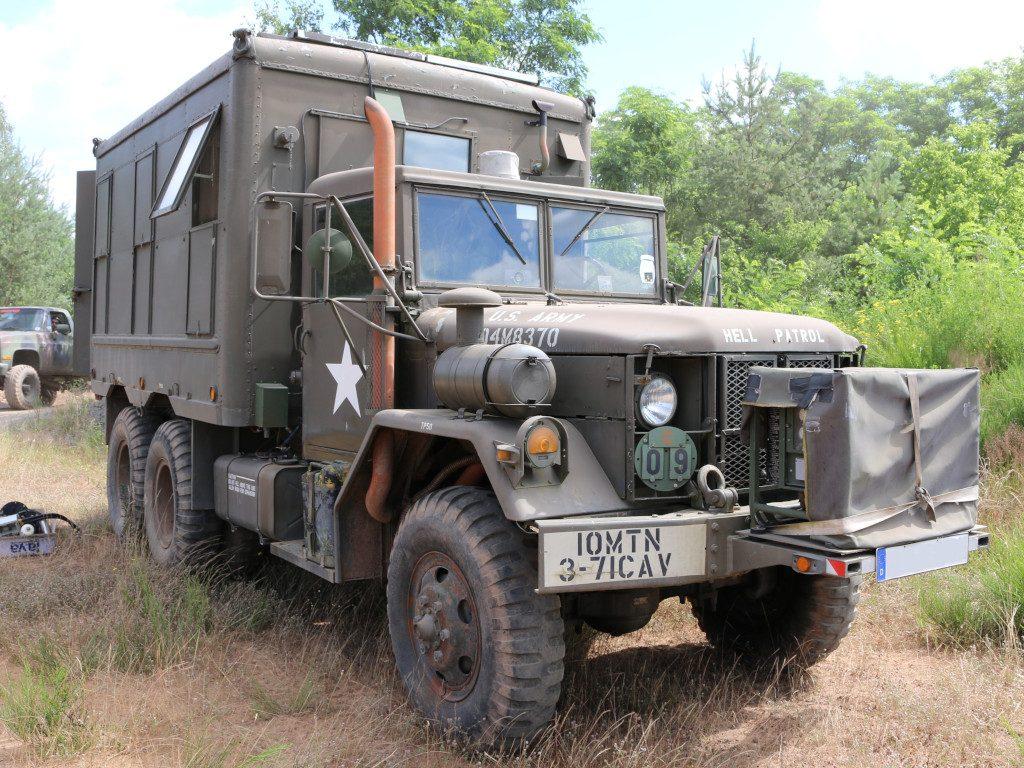 14-1024x768 M109A3 2.5-Ton 6×6 Shop Van 1:35 AFV Club (#AF35304)