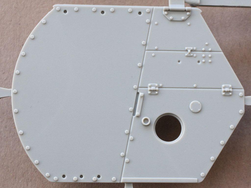 U-1-1024x768 M3A1 LEE CDL 1:35 Takom (#2115)