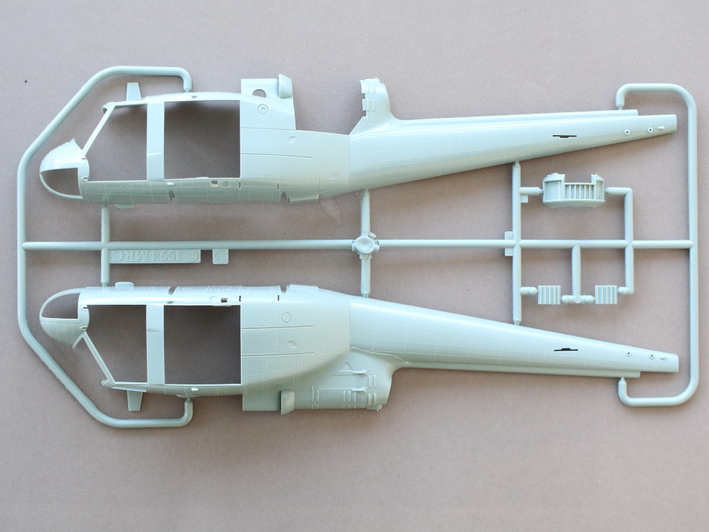 A-7 Bell UH-1C 1:35 Revell (#04960)