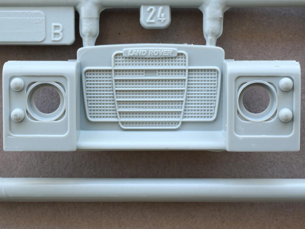B-5-1 Land Rover 109' LWB 1:35 Italeri (#6508)