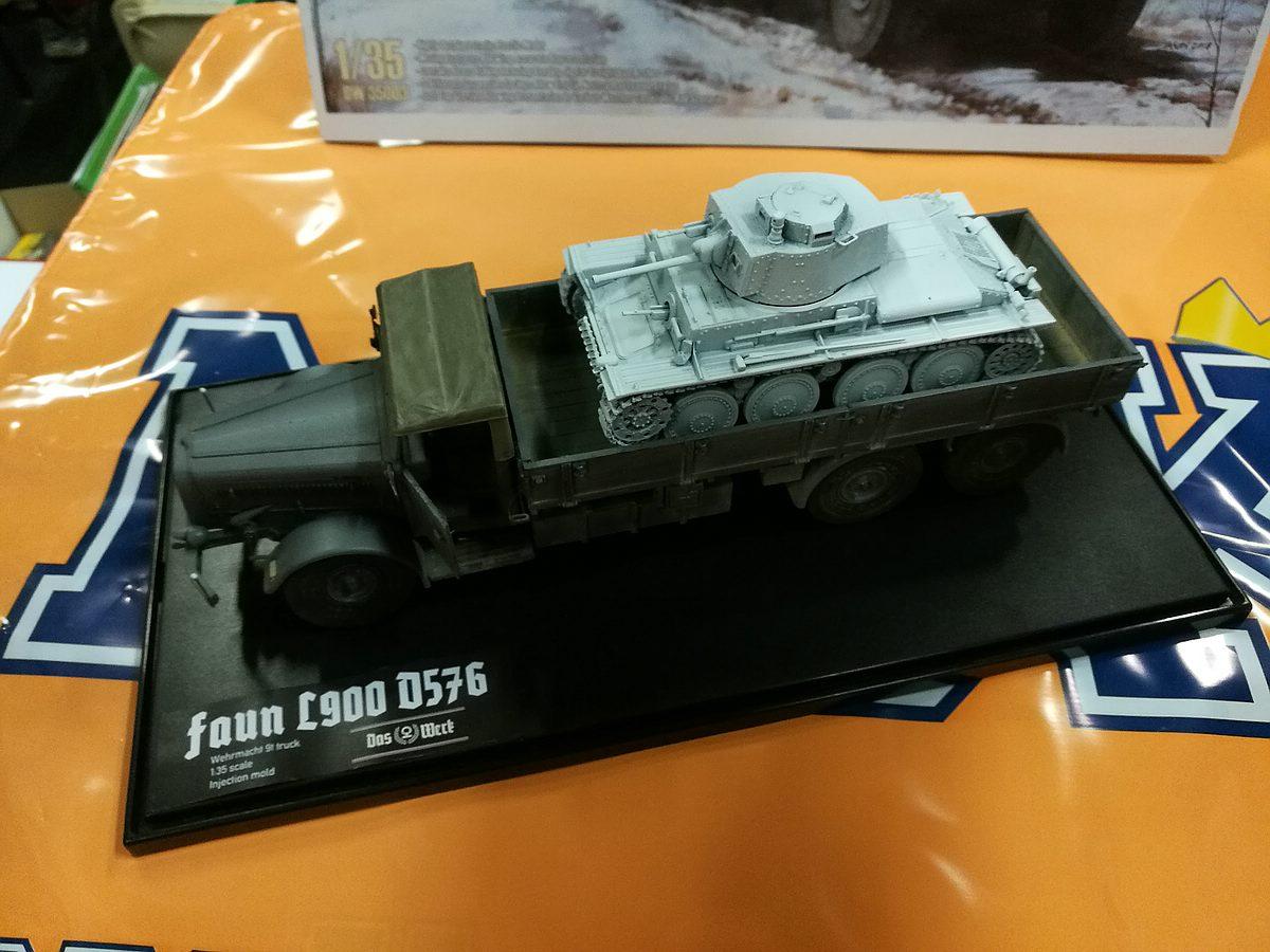 Das-Werk-Faun-L-900Panzertransporter-7 Panzertransporter Faun L 900 mit Sd.Anh. 115 im Maßstab 1:35 von Das Werk DW 35003