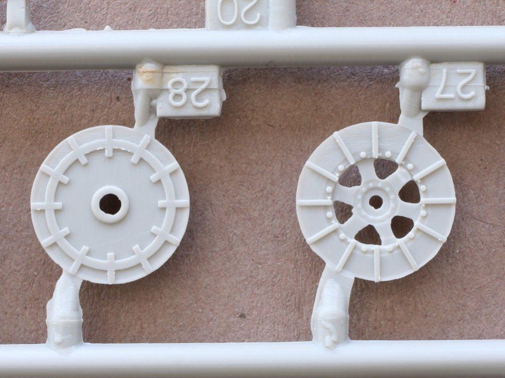 A1-1-1024x767 Sd. Kfz. 9/1 Early Version (Drehkran 6/ auf Zugkraftwagen 18T) FAMO Trumpeter 1:72 (07253)