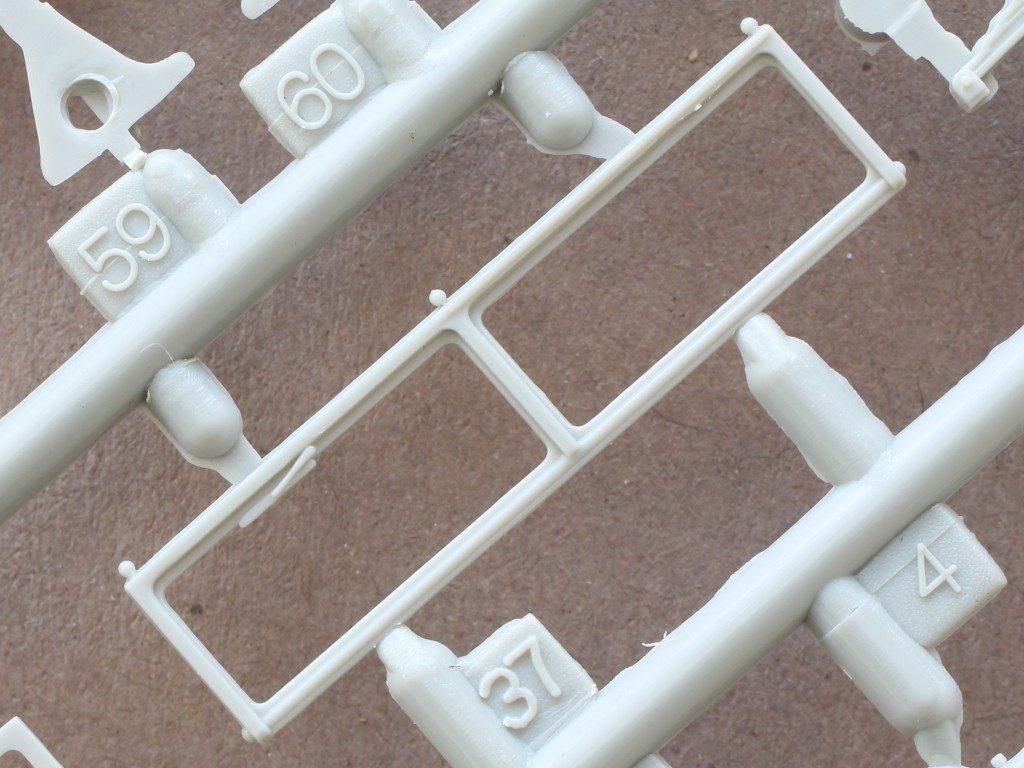 A1-6-1024x768 Sd. Kfz. 9/1 Early Version (Drehkran 6/ auf Zugkraftwagen 18T) FAMO Trumpeter 1:72 (07253)
