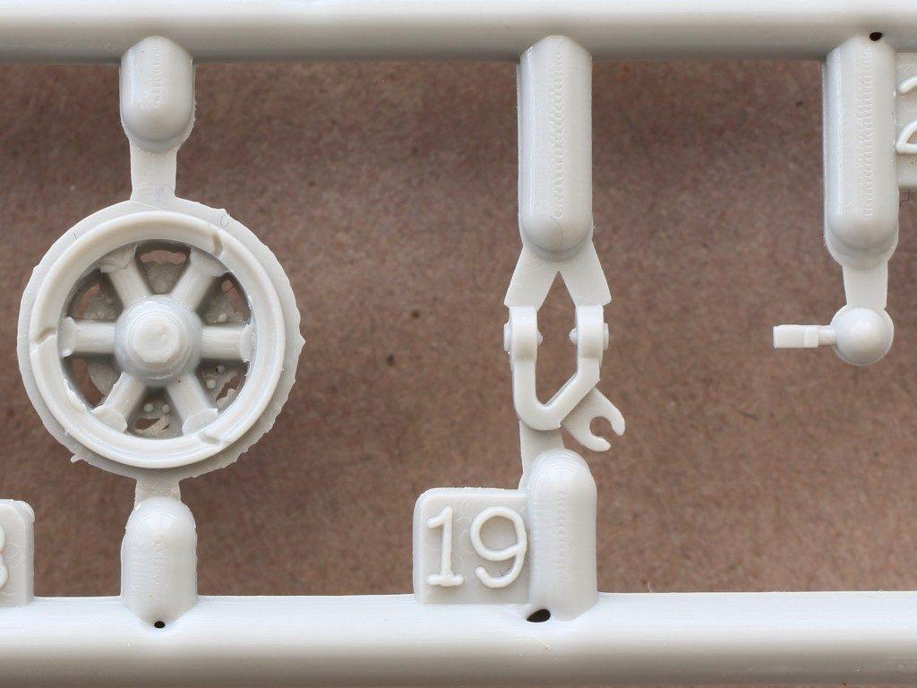 B-3-1024x768 Sd. Kfz. 9/1 Early Version (Drehkran 6/ auf Zugkraftwagen 18T) FAMO Trumpeter 1:72 (07253)