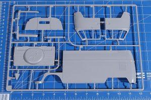 Revell-07049-VW-T1-Bulli-Kastenwagen-17-300x200 Revell 07049 VW T1 Bulli Kastenwagen (17)
