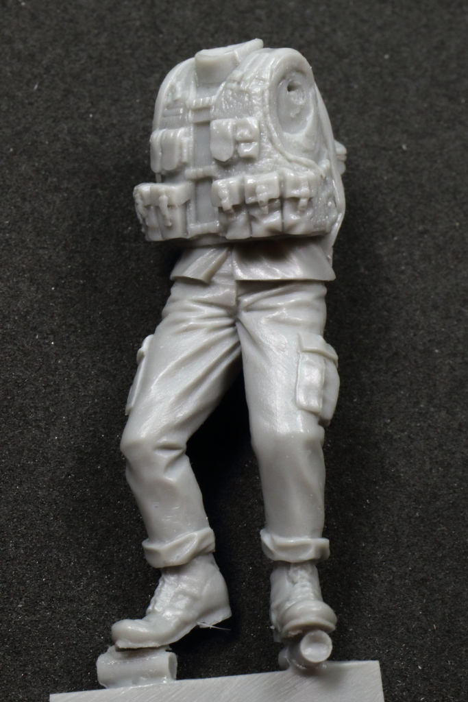 Review_Italian_Female_Soldier_16 Italian Female Soldier With Kid - Djiti`s Production 1/35