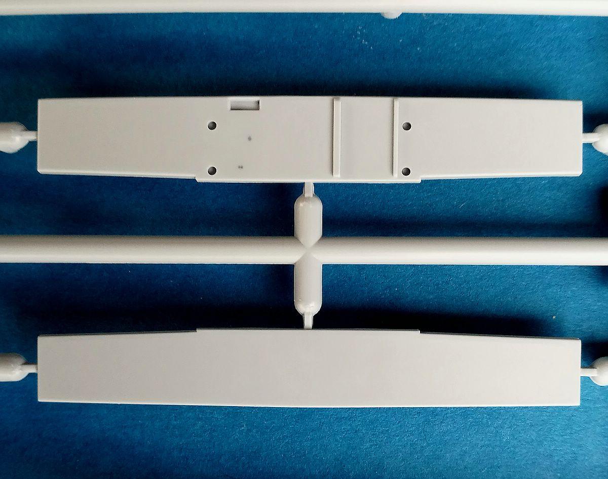Airfix-A09186-Bristol-Blenheim-Mk.-IF-Spritzling-B-Ruder-3 Blenheim Mk. IF im Maßstab 1:48 von Airfix