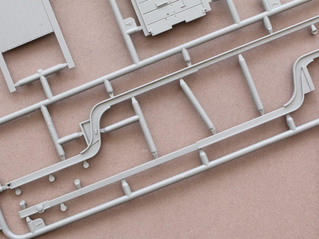 G6-1024x768 Faun L900 mit SdAh 115 1:35 Das Werk (#35003)
