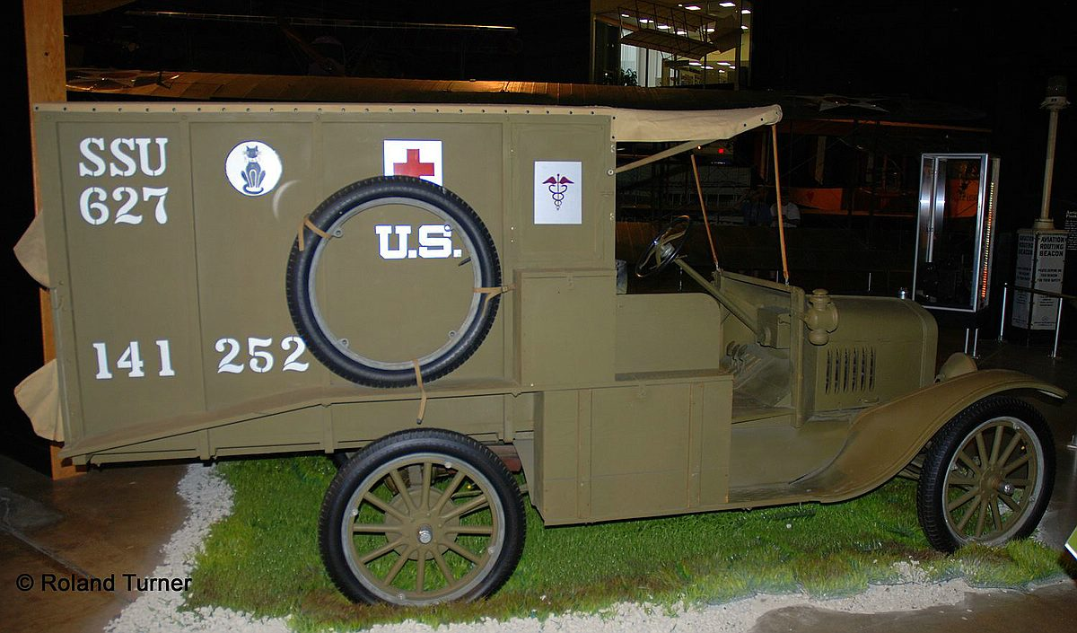 REvell-03285-Model-T-1917-Ambulance-Copyright-Roland-Turner Revell-Neuheiten 2019 - das II. bis IV. Quartal