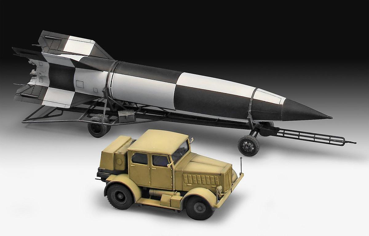 Revell-03310-SS-100-Gigant-Transporter-V2 Revell-Neuheiten 2019 - das II. bis IV. Quartal