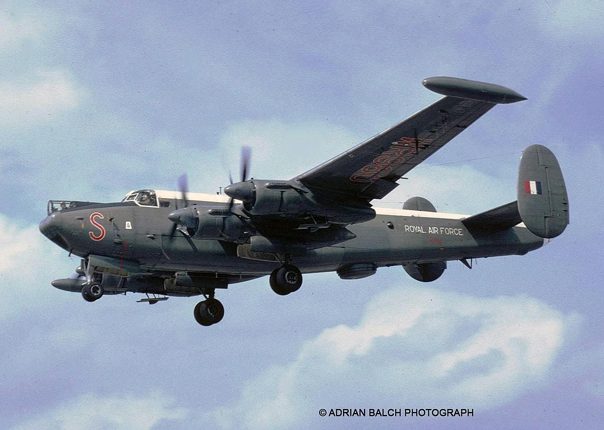 Revell-03873-Avro-Shackleton-Mk.3-c-ADRIAN-BALCH-PHOTOGRAPH Revell-Neuheiten 2019 - das II. bis IV. Quartal