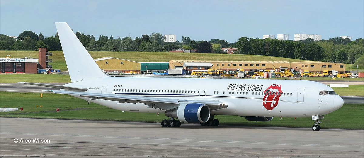 Revell-05687-Boeing-767-300-Rolling-Stones-c-Alec-Wilson Revell-Neuheiten 2019 - das II. bis IV. Quartal