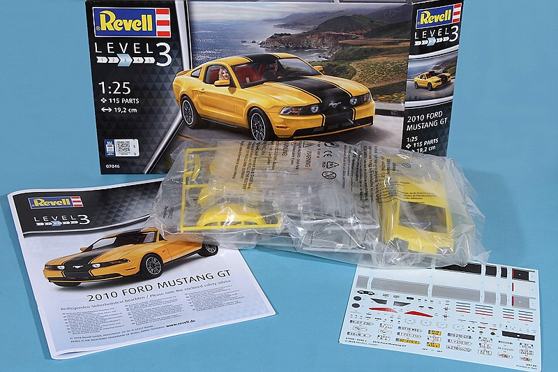 Revell-07046-2010-Ford-Mustang-GT-3 Ford Mustang GT 500 2010 im Maßstab 1:25 von Revell 07046