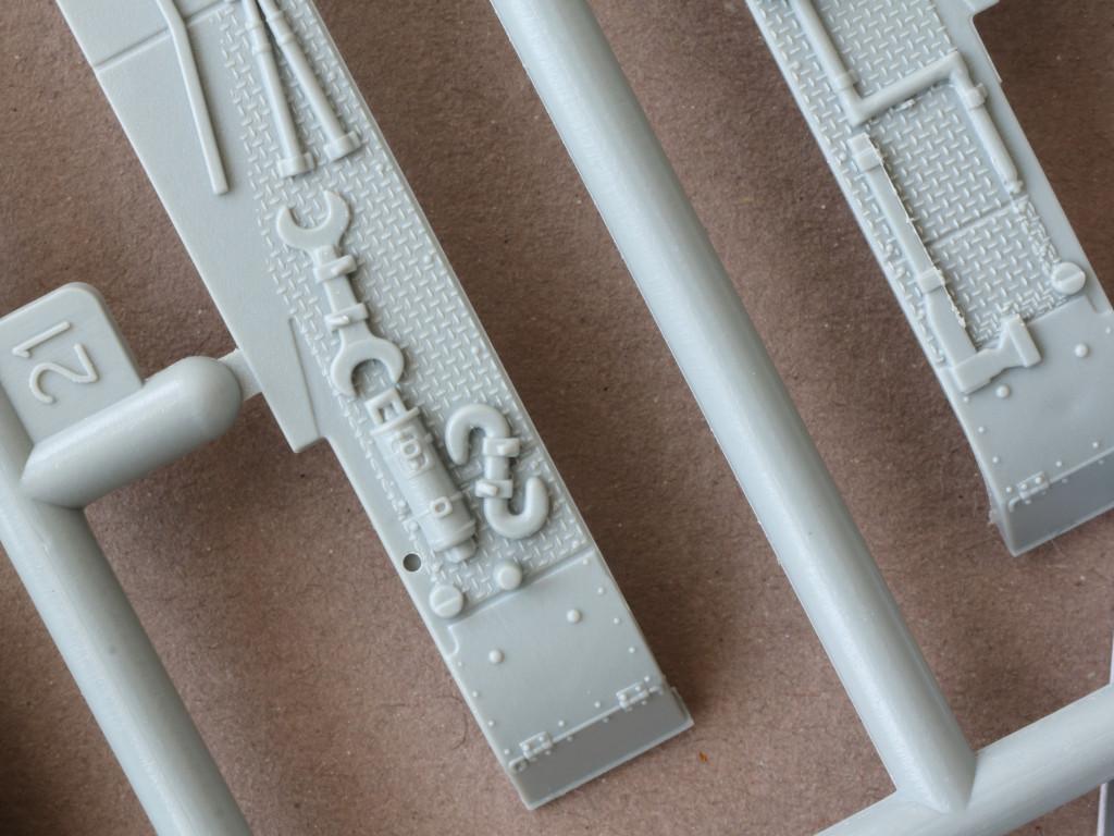 Details05 Pz. Kpfw. IV Ausf. D 1:72 Dragon (#7530)