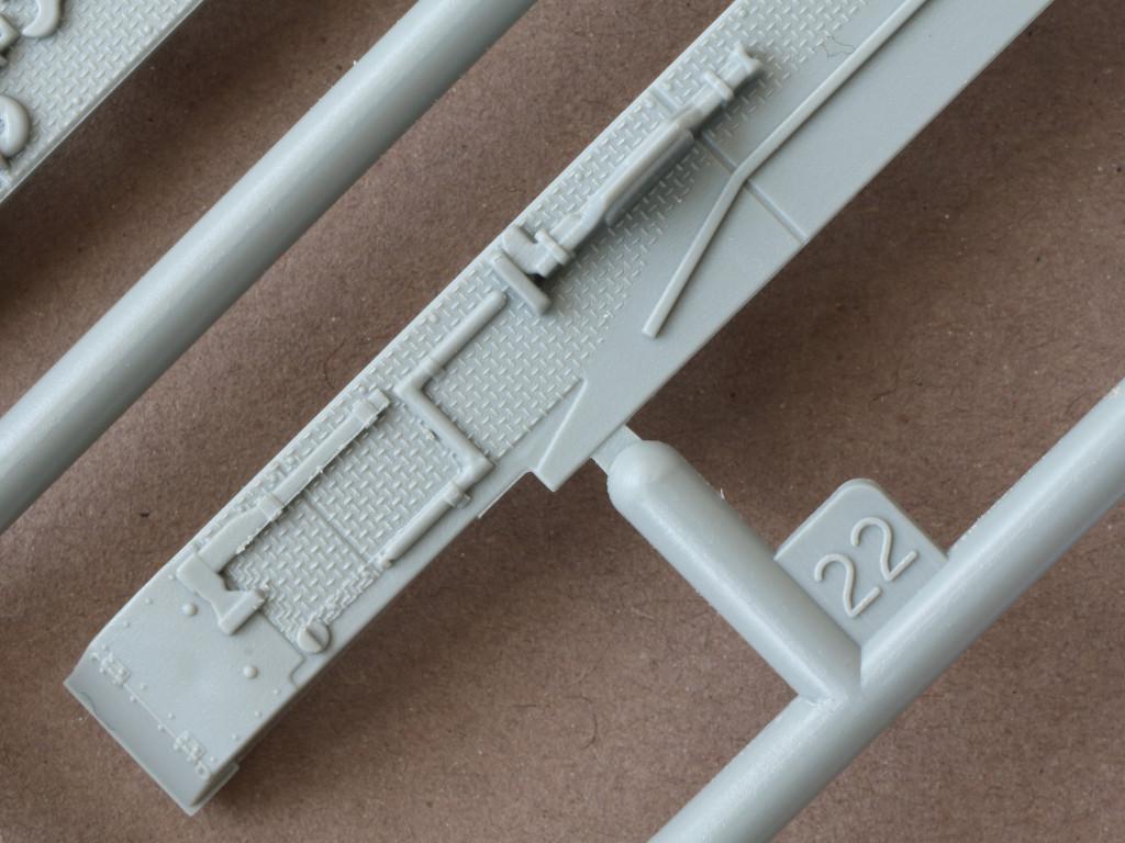 Details06 Pz. Kpfw. IV Ausf. D 1:72 Dragon (#7530)