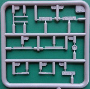 MiniArt-35273-schweres-Wurfgerät-40-9-300x297 MiniArt 35273 schweres Wurfgerät 40 (9)