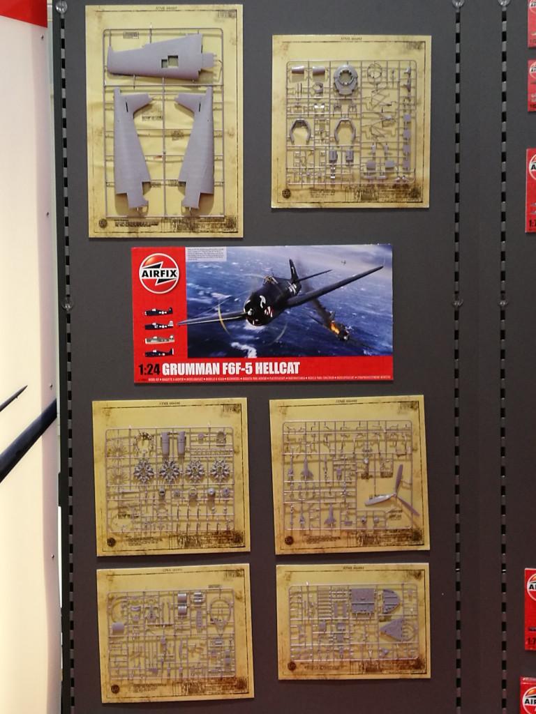 2 Airfix bringt Grumman F6F-5 Hellcat 1:24 !