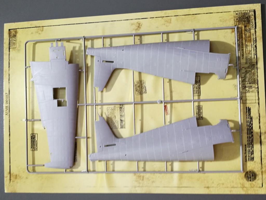 3-1 Airfix bringt Grumman F6F-5 Hellcat 1:24 !