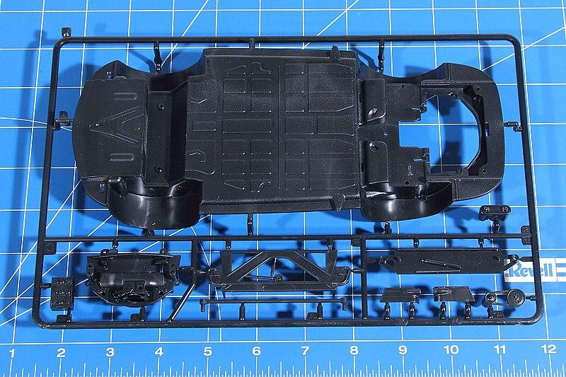 "Revell-07679-Porsche-356-B-Coupe-Reasy-Click-13 Porsche 356 B Coupe im Maßstab 1:16 als ""easy click""-Bausatz Revell 07679"