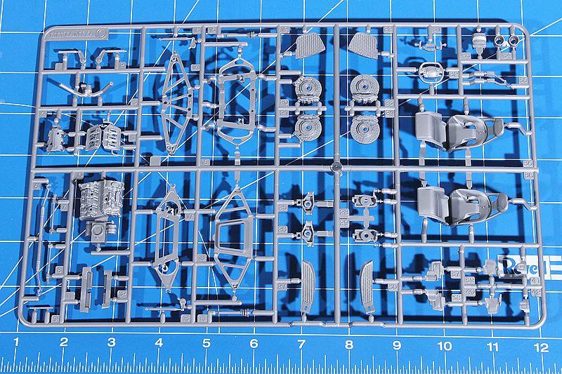 Tamiya-24346-Ford-GT-32 Ford GT im Maßstab 1:24 von Tamiya # 24346