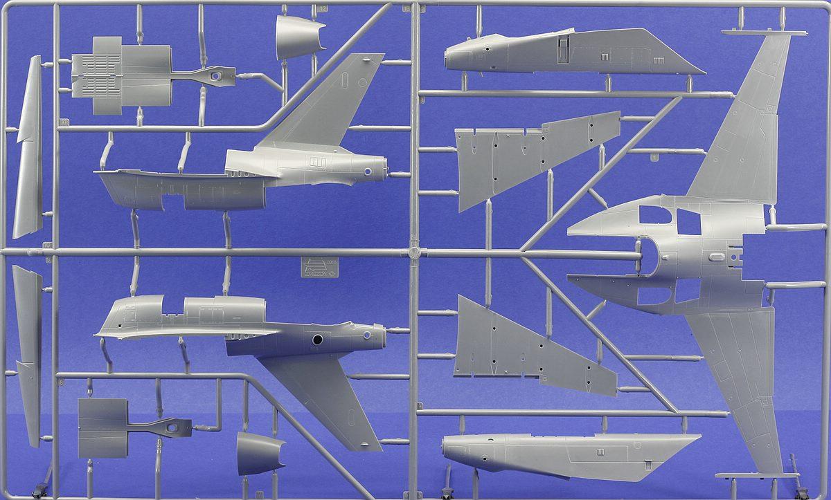 Zvezda-4821-Jak-130-Gussast-A-1 Jakowlew Jak-130 ( Yak-130 ) in 1:48 von ZVEZDA # 4821